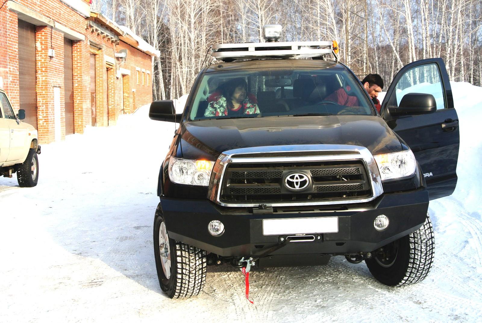 Силовой бампер на Toyota Tundra