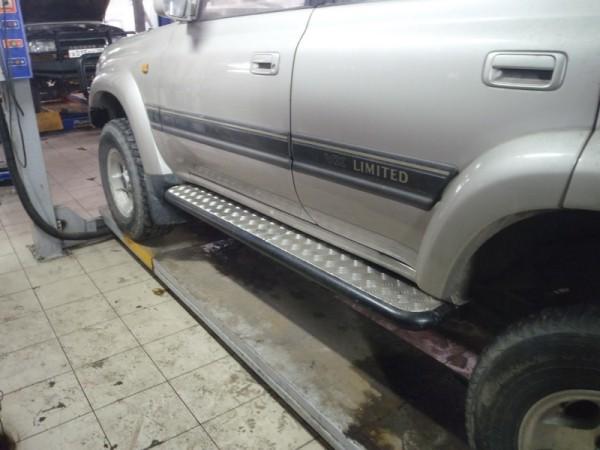 Пороги силовые на Toyota Land Cruiser 80