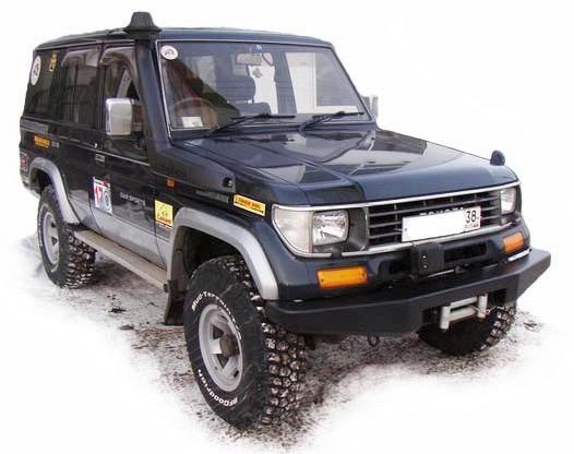 Силовой бампер на Toyota Land Cruiser 71, 76, 78 передний облегченный