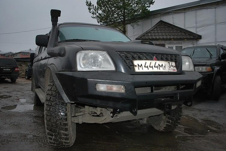 Тамерлан силовой бампер на Mitsubishi L200 (Old) передний