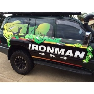 Ironman SS014 усиленные подножки без рейлингов Toyota Landcruiiser 105