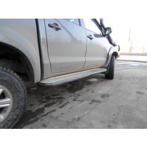 Сафари 4х4 силовые пороги на Toyota Hilux 1 поколения
