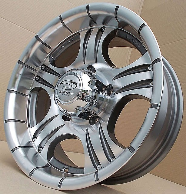 Sakura Wheels R211