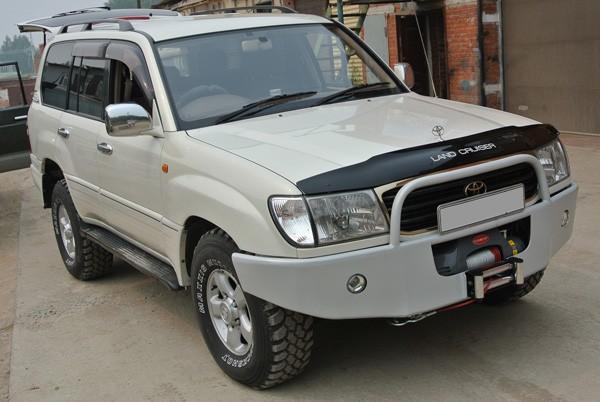 Силовой бампер на Toyota Land Cruiser 100