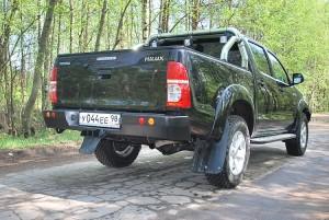Тамерлан силовой бампер на Toyota Hilux задний
