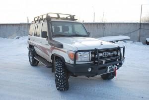 Тамерлан силовой бампер на Toyota Land Cruiser 76 передний